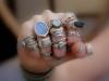 На каком пальце рекомендуется носить кольцо?  Автор: